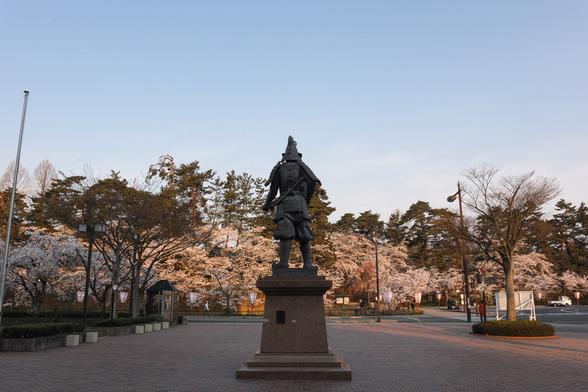 20150423朝の弘前・弘前公園SD1-1.jpg
