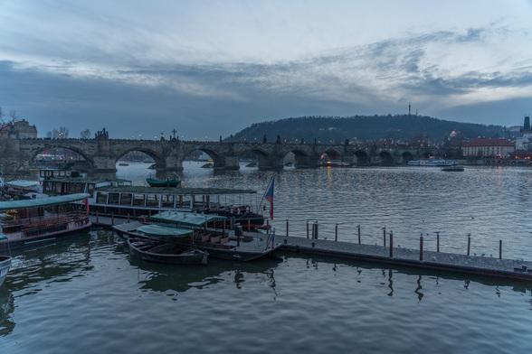 20171227夕方のプラハ・カレル橋周辺A7RIII-28.jpg