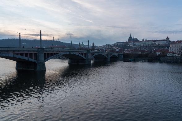 20171227夕方のプラハ・カレル橋周辺A7RIII-7.jpg