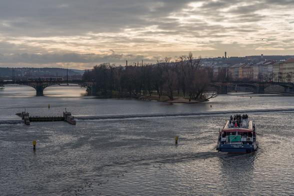 20171229午後のプラハ・カレル橋A7RIII-27.jpg