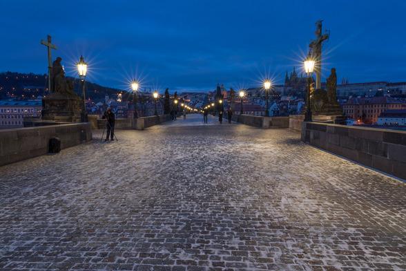 20171230朝のプラハ・カレル橋A7RIII-2.jpg